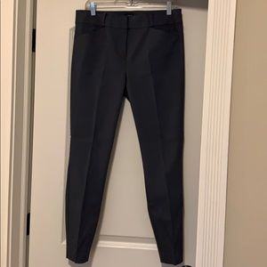 Grey cropped ankle pant (never worn)